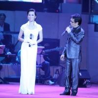 Cao Kỳ Duyên và Đức Huy làm MC - Hà Nội, 21.10.2011