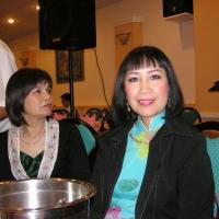 Quỳnh Giao và Trần Mộng Tú ở Festival Văn Hóa Dallas 2005