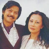 Sĩ Phú và Uyên Ly