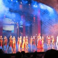 Sân khấu hoành tráng của sô Incanto TM- Ảnh: Khả Linh