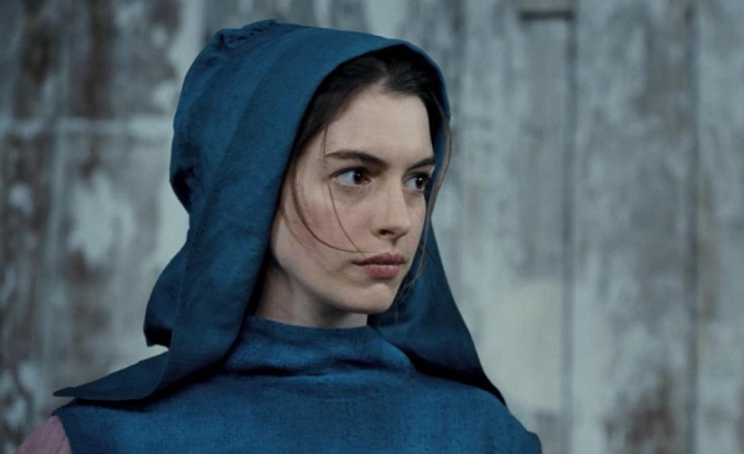 Anne Hathaway trong vai Fantine